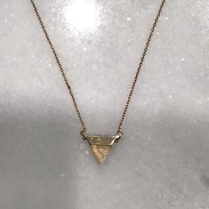 Jewelry - 💎Triangle pendant necklace💎
